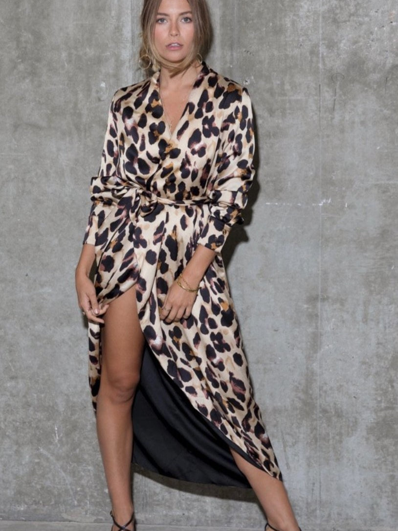 London leopard wrap dress/kimono