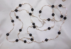 Black and White Pearl Tube Necklace