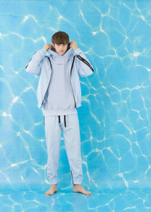 FAMILY FIRST - Pants Tracksuit Light Blue