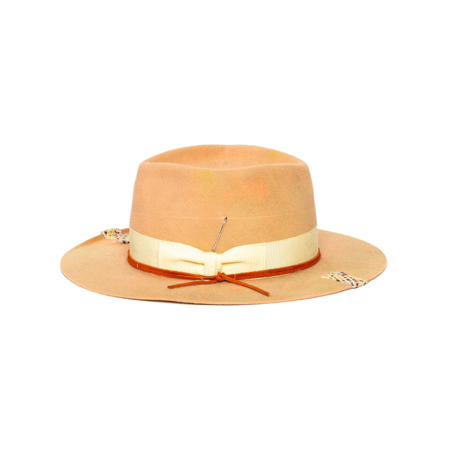 Fedora in luxury pink rabbit felt by Hatmaker Alberto Hernandez of Meshika Hats
