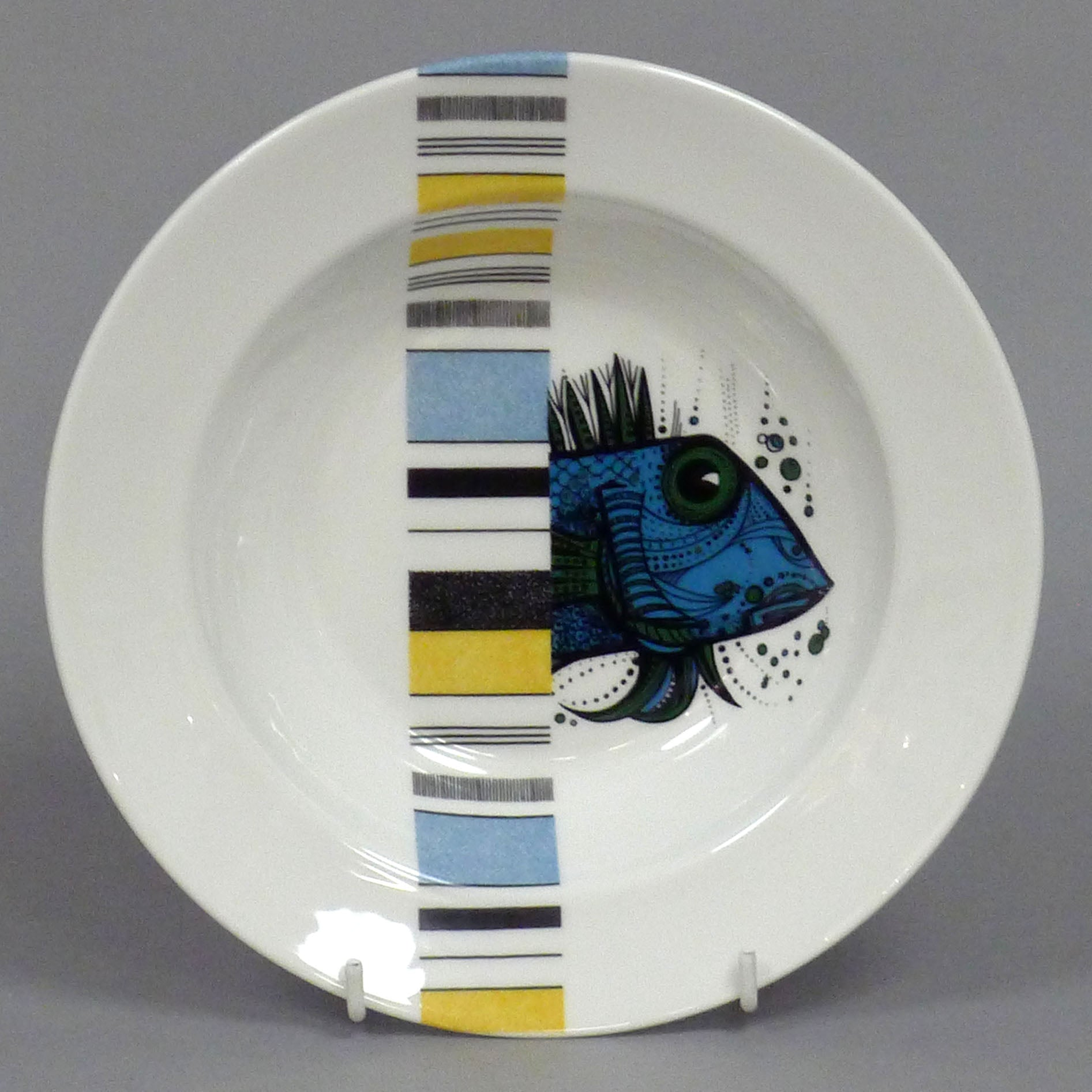 Fish Stripe Plates