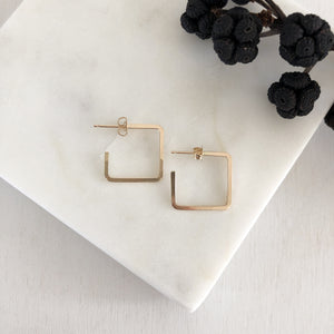 square edge square hoops SIMPLE, EDGY, MODERN, DAINTY - ALL IN ONE  These small hoops are perfect style and size for everyday-wear.   14K Gold Filled. simple hoops. simple square hoops