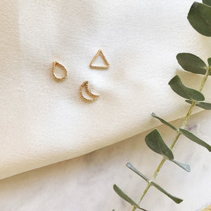 Mini assorted studs made of 14K Gold Filled. It is very dainty and minimal look. Perfect everyday wear in any occasion!