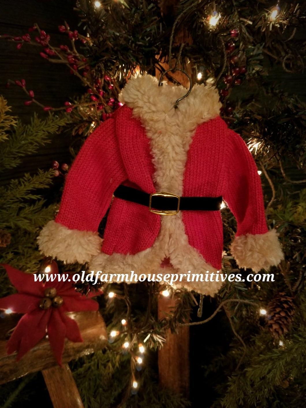 #GG5 Primitive Red Santa Coat 🎅 Christmas Tree 🎄Ornament