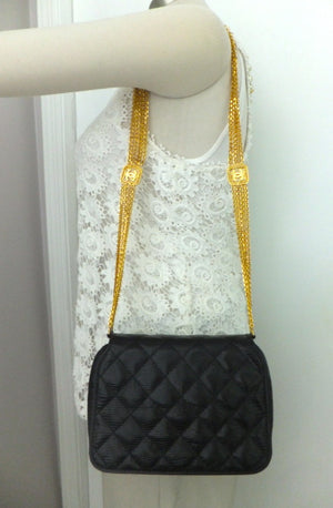 Authentic Chanel Vintage One of a Kind Black Quilted Lizard Thick Chain Handbag
