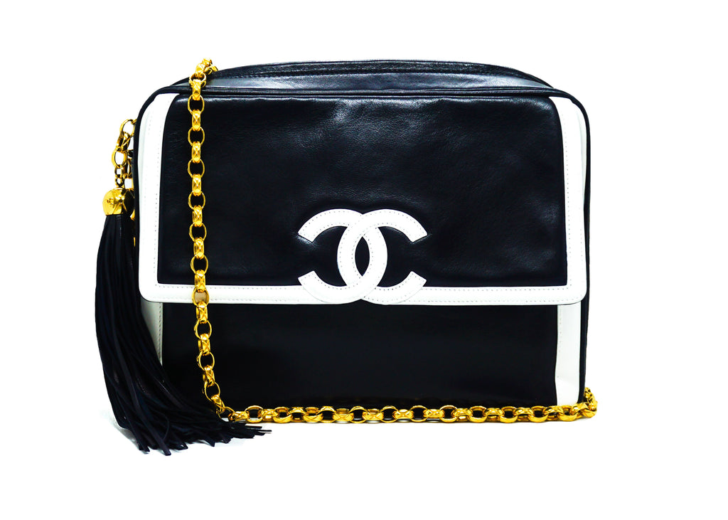 Chanel Vintage Rare Navy & White Lambskin Medium Camera Bag
