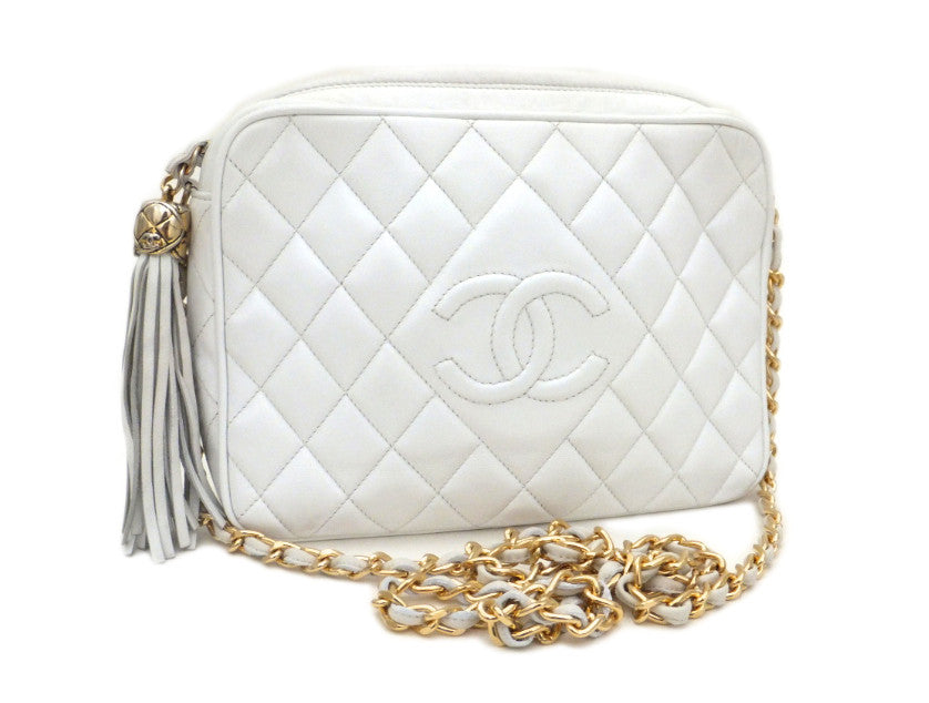 eabd93bd85c3 Authentic Chanel Vintage White Quilted Camera Style Handbag ...