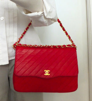 Authentic Chanel VNTG Red Lambskin Wallet On Chain (WOC) Hbag