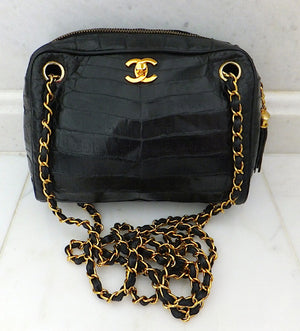 Authentic Chanel VNTG Blk Alligator Camera Handbag