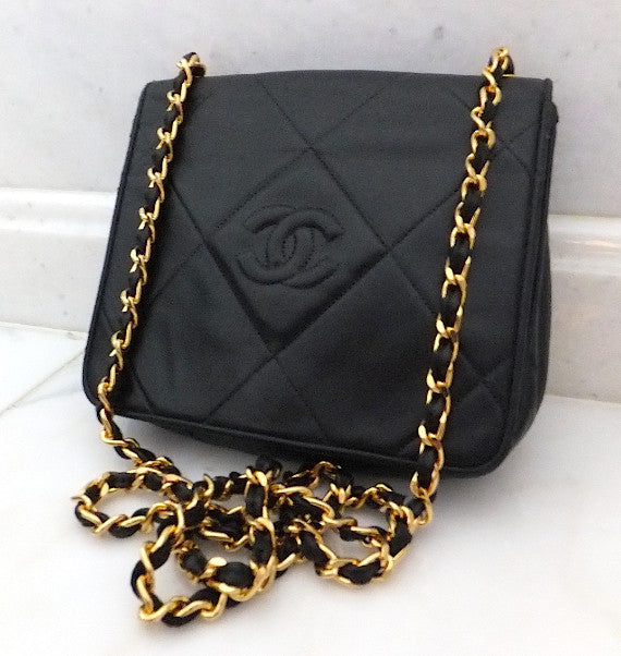 Authentic Chanel Black Vintage Lambskin Flapover