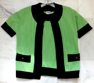 Authentic Chanel Lime & Navy Cashmere Twinset Sz 36