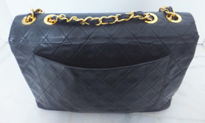 Authentic Chanel Vintage Navy XXL Maxi Jumbo