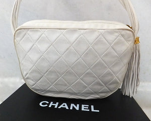 Authentic Chanel Vintage White Quilted Camera Style Handbag