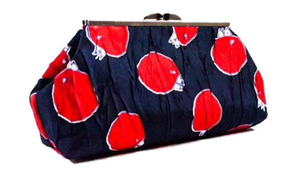 Churring Birds Clutch (Red)