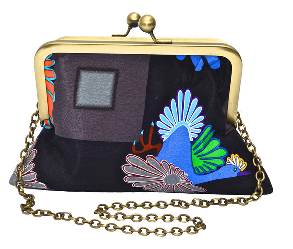 Night Migration Small Clutch with Chain (Black)