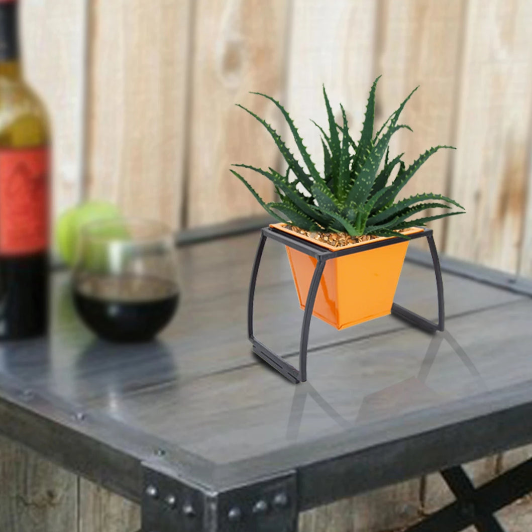ecofynd Stackable Table Top Planter Pot with Metal Stand, Orange