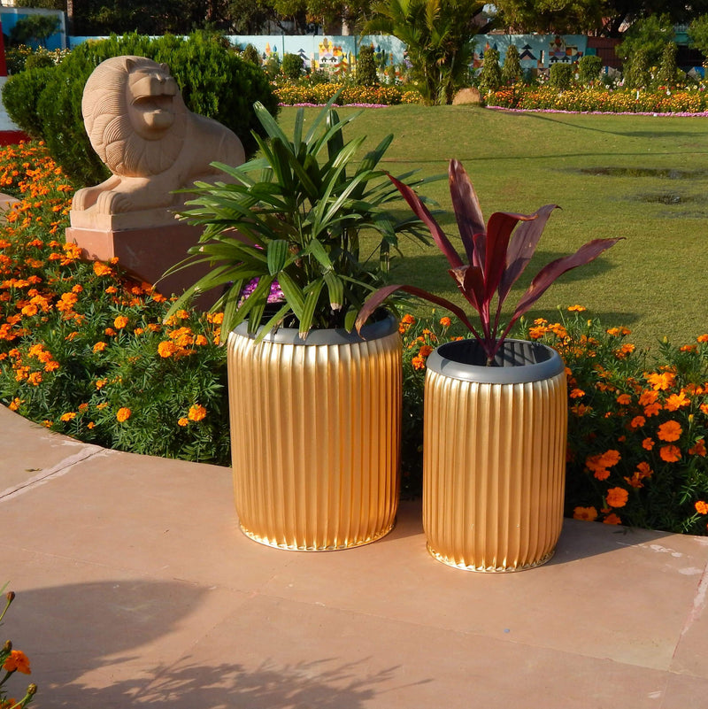 Dolly Barrel Planter, Gold