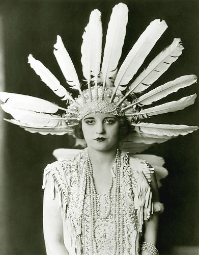 flapper with headress