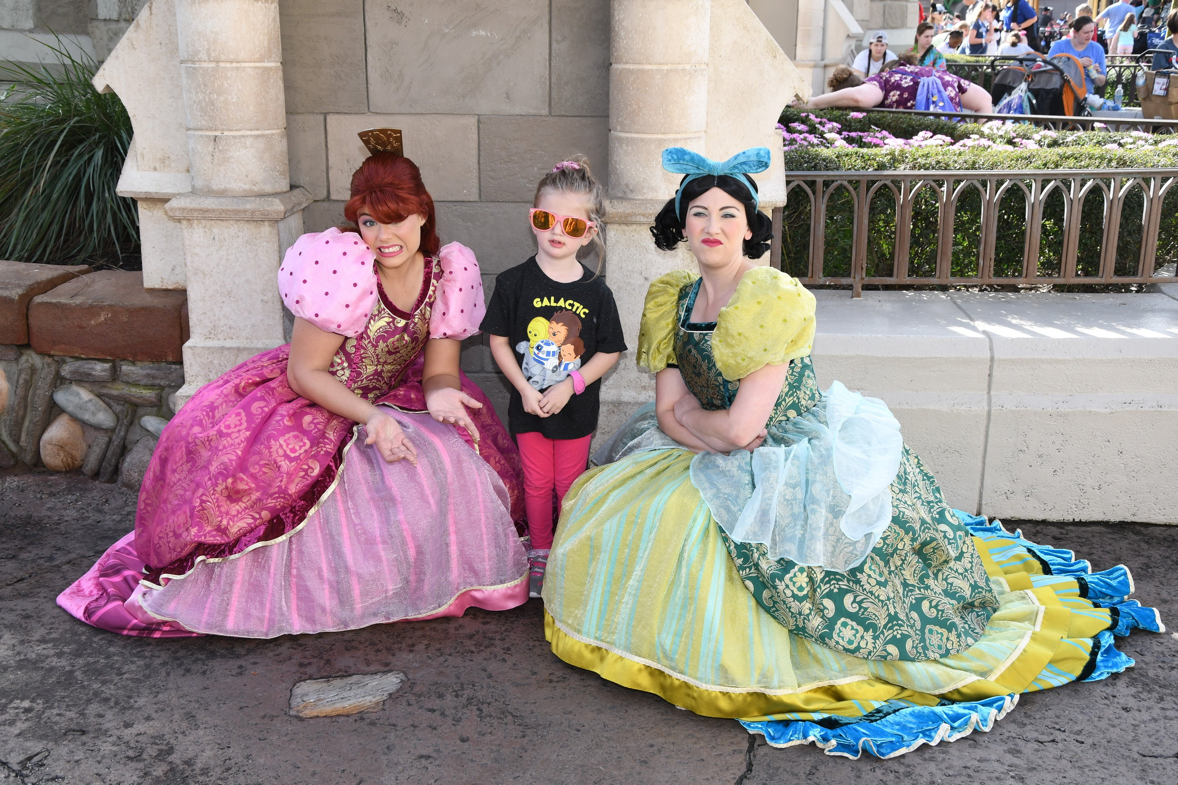 Anastasia and Drizzela character meet and greet