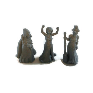 Witch or Hag Coven 28mm D&D Monster Miniatures - Miniature Town