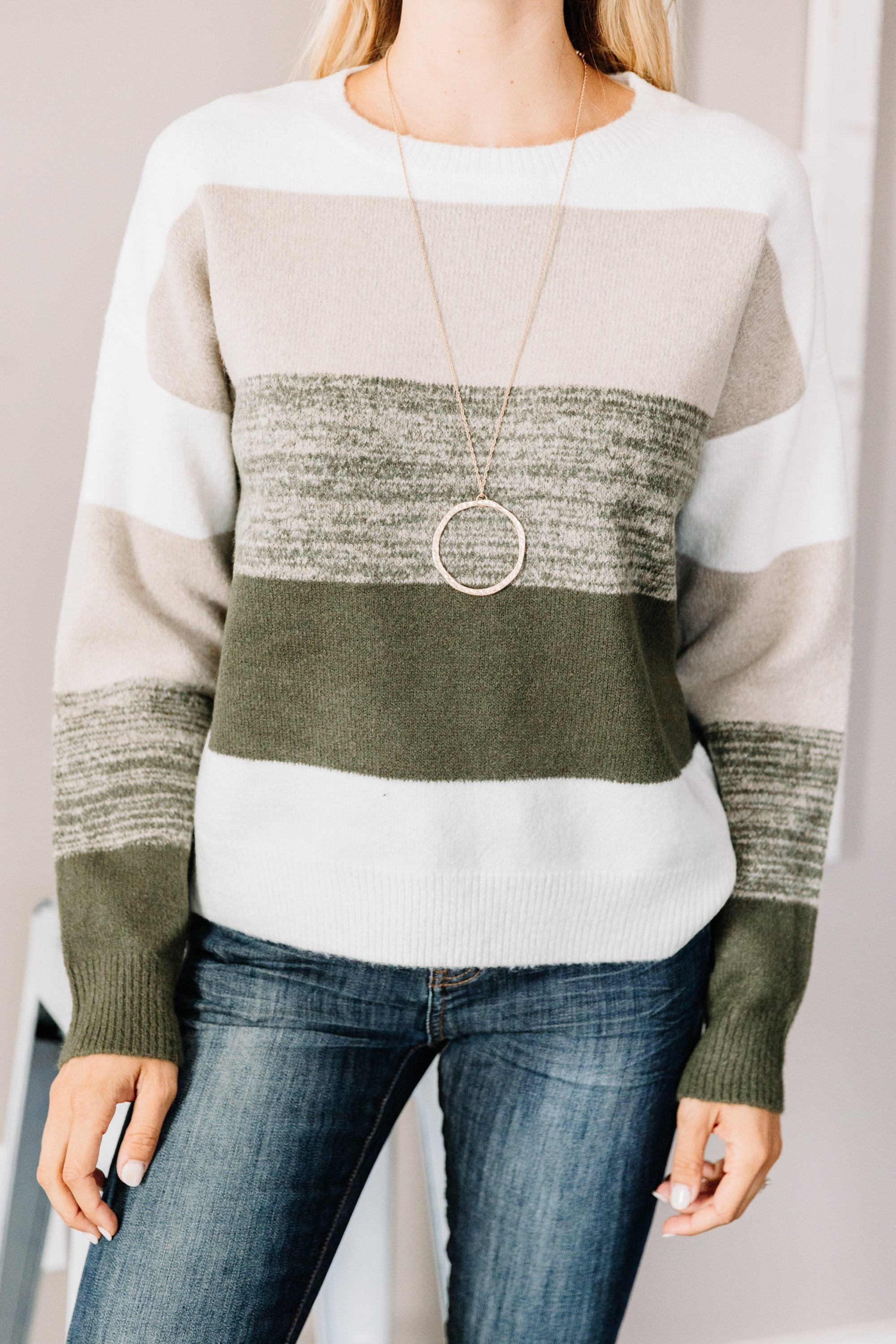 color block print, round neckline, long sleeves, olive green, sweater