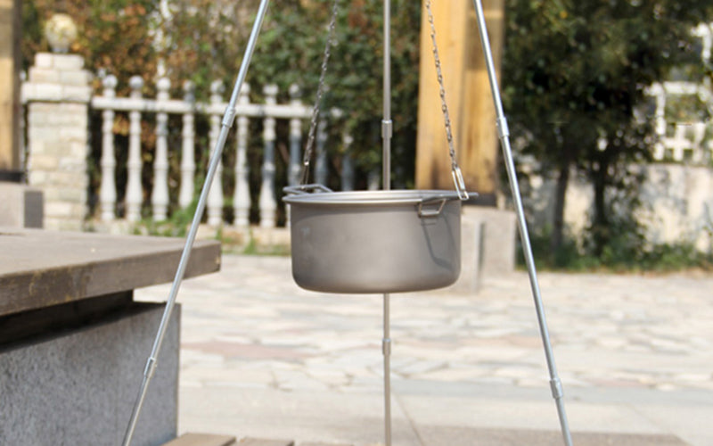 Titanium Outdoor Camping Cookware Chain Hanging Pot.