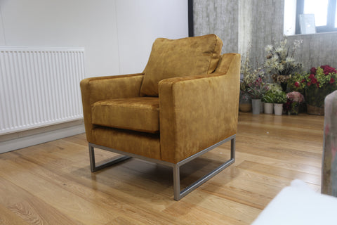 Moneypenny Chair