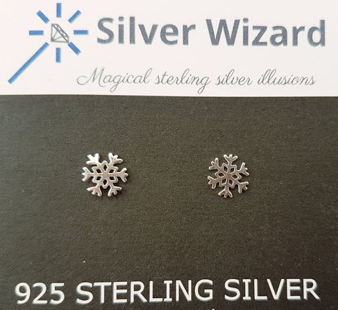 Cool Snowflake ~ 925 Sterling Silver Stud Earrings