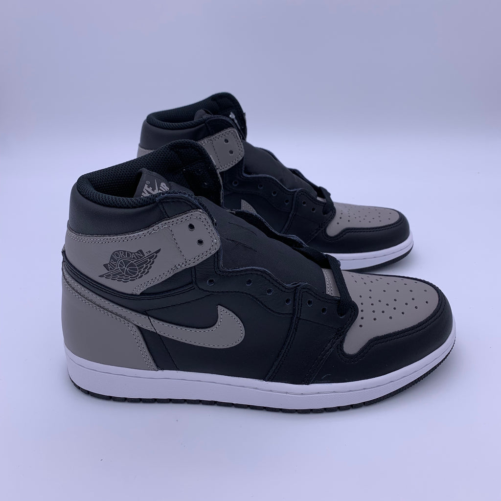 "Imperio Cita versus  Air Jordan 1 Retro High OG ""Shadow"" – SovereignStock"