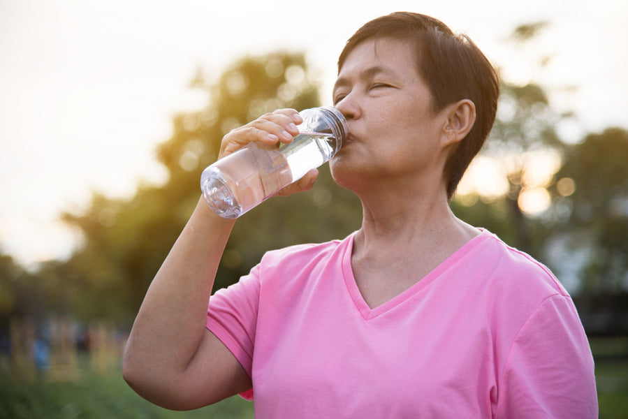 What water should the elderly drink?