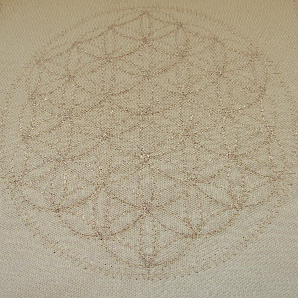 Flower of Life Embroidered Cloth Grid (30 x 30 cm)