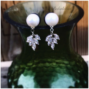 Pearl 10mm 12mm pearl ball crystal leaf foliage dangle plugs tunnels gauges: 6g- 00g