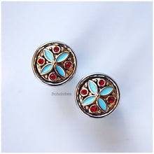 Load image into Gallery viewer, Two toned blue and red accent hider plugs tunnels gauges: sizes 2g - 00g