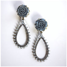 Load image into Gallery viewer, Rose plugs flower plugs crystal plugs pearl plugs dangle wedding plugs gauges 4g - 1/2""