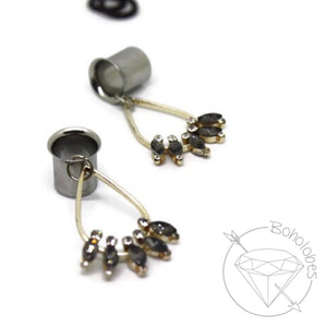 Stainless steel tunnels dangle plugs: 4g - 1""
