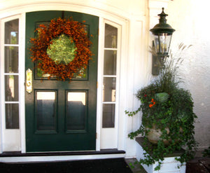 Marblehead home Autumn Entrance Display