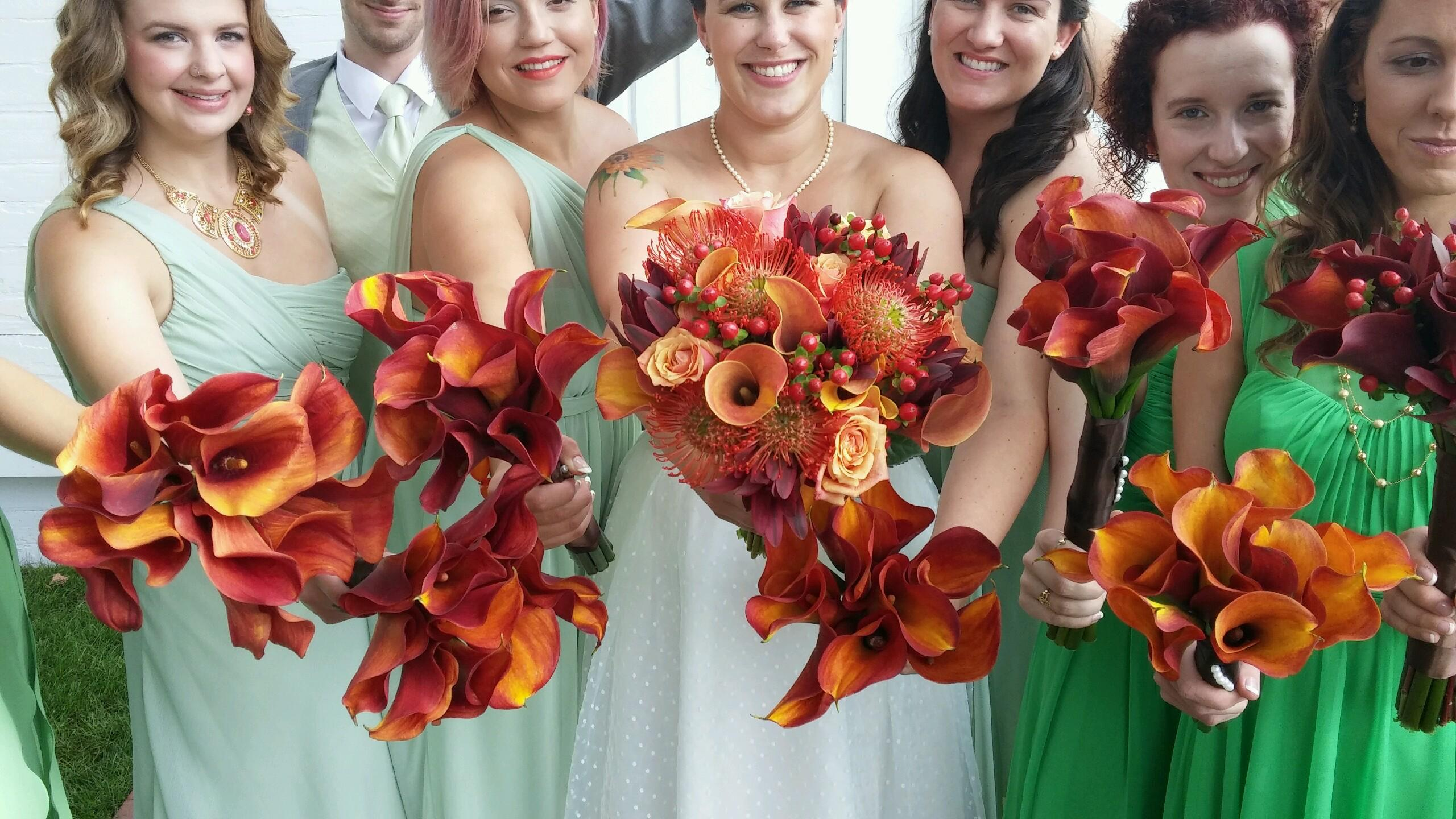 Bridal Party with Autumn Colors Bouquets and Calla Lillies