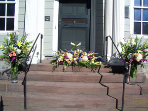 Flores Mantilla Funeral Flowers Display