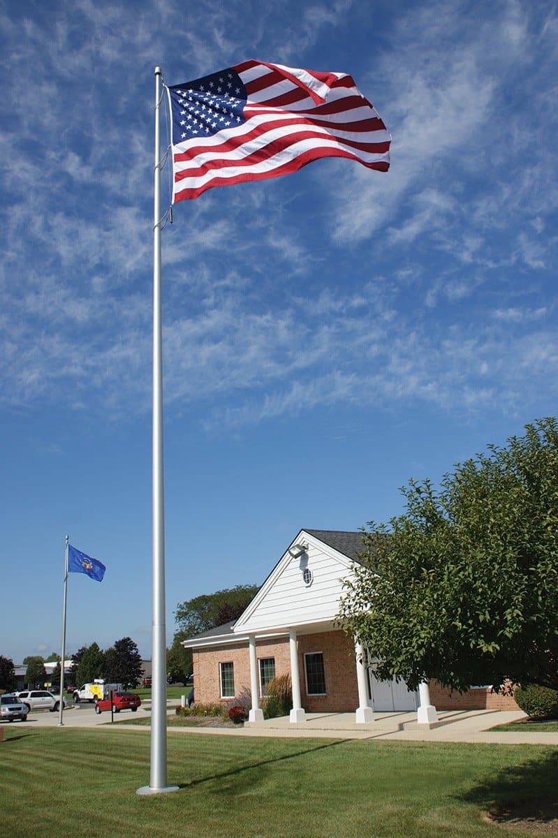 20 ft. Commercial Flagpole with Internal Cable Halyard, Rated At 250 mph