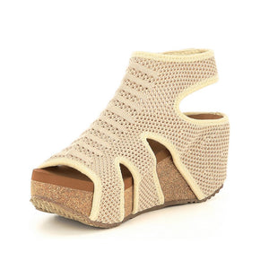 Volatile Chalet Wedge in Beige