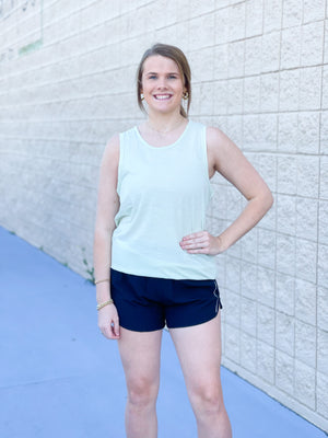 Curvy Running Days Short