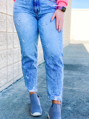 The Curvy Olivia Mom Jeans