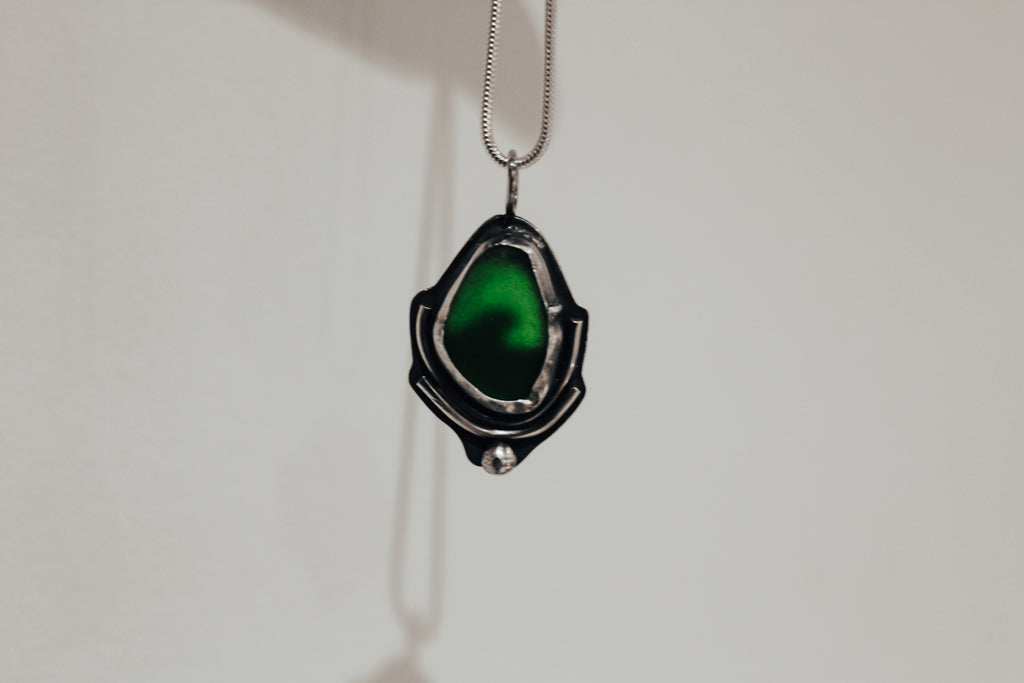 Green Hidden Wave Necklace #1