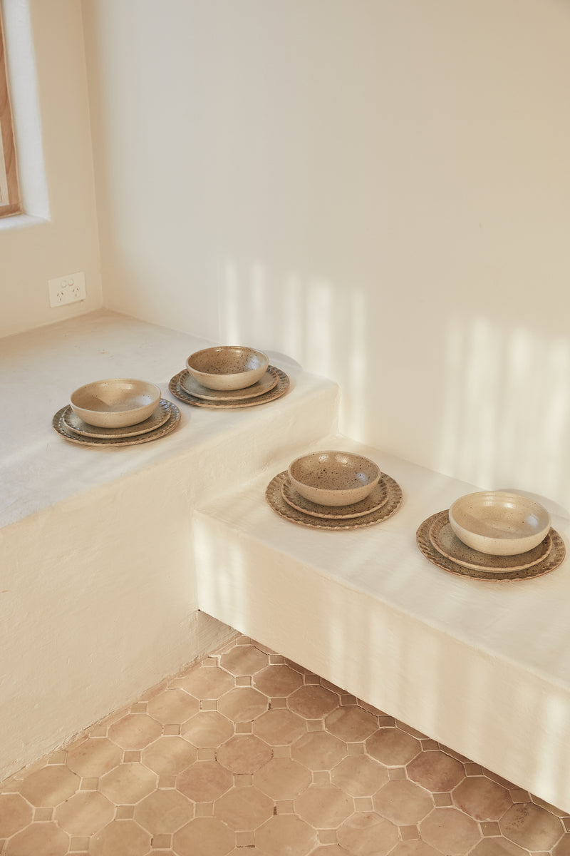 Scalloped Edge Dinner Set