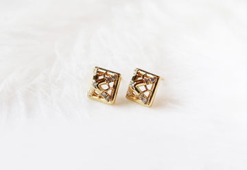 ME_Line Rectangle Mini Stud Earring_Sample Sale 40% off