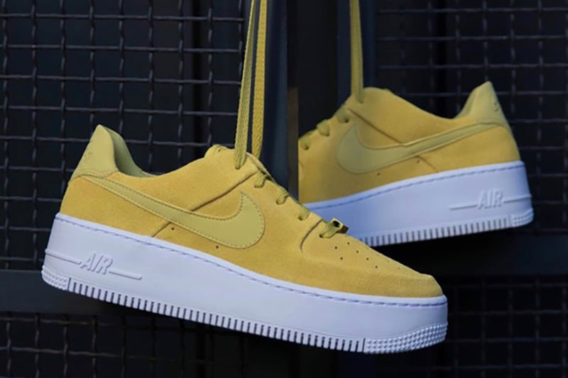 Nike Air Force 1 Sage Low Yellow