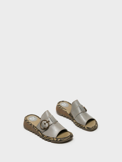 Fly London Mules mit offener Kappe in Grau