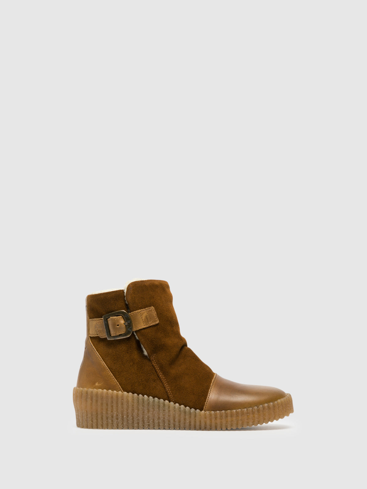 Fly London Stiefel im Eskimo-Stil in Camel
