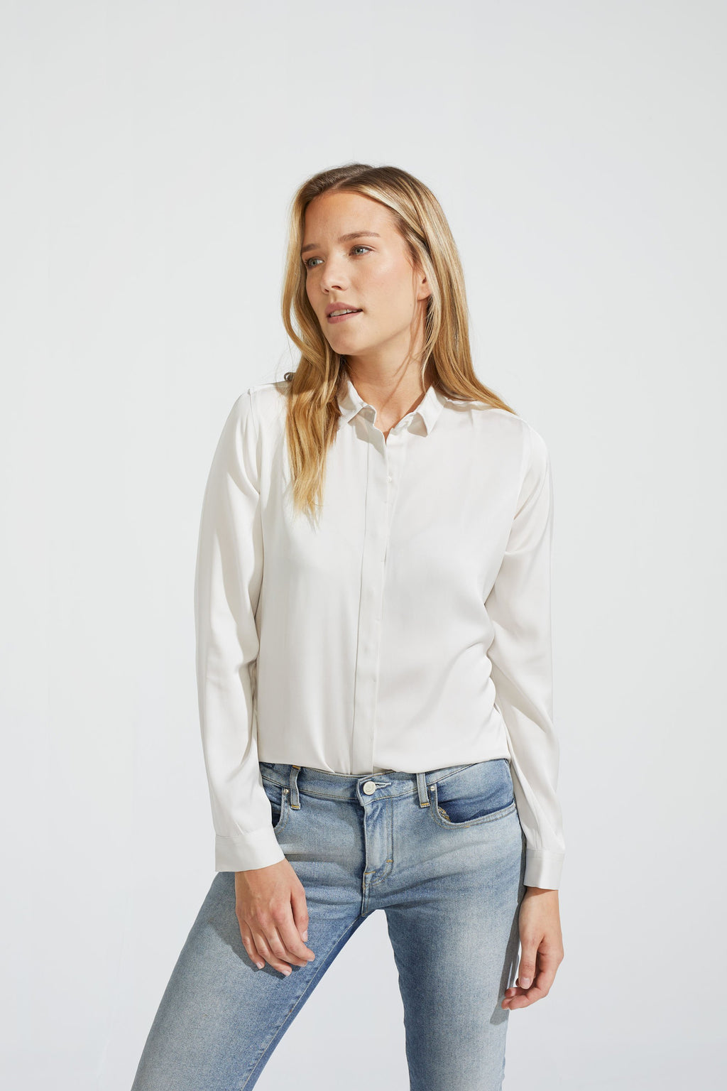 Straight Silk Stretch blouse