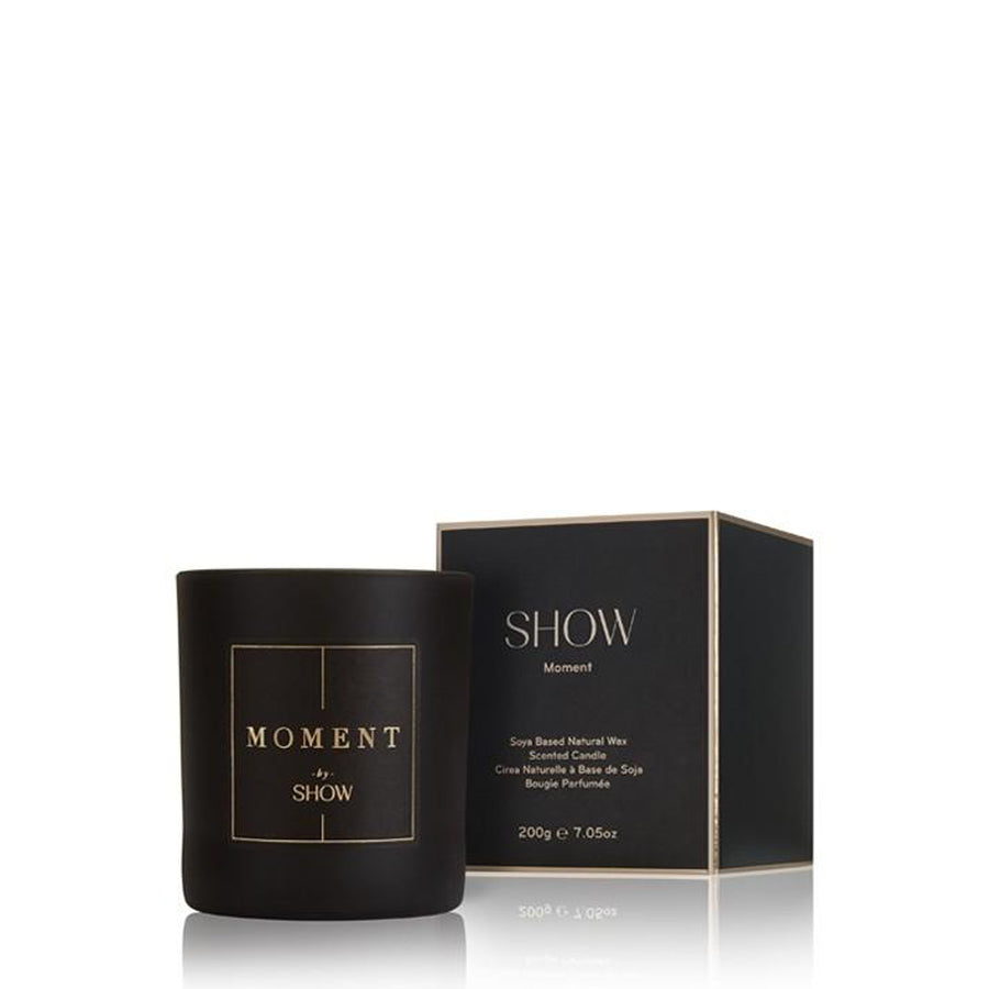 MOMENT BY SHOW SCENTED CANDLE